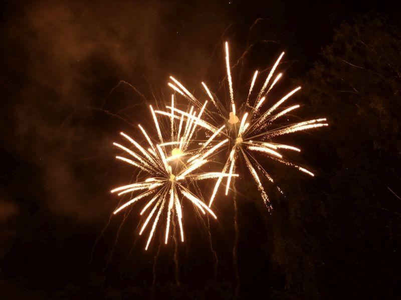 Zum Abschluss gibt es ein tolles Feuerwerk.